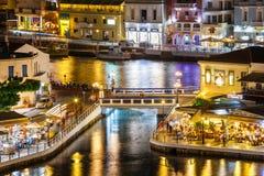 Agios Nikolaos miasteczko przy lato wieczór Agios Nikolaos jest jeden turystyczny Zdjęcia Royalty Free