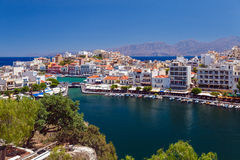 Agios Nikolaos miasto, Crete, Grecja Zdjęcia Stock