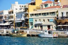 Agios Nikolaos nabrzeża budynki, Crete Zdjęcia Royalty Free
