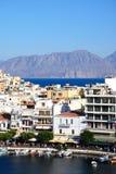 Agios Nikolaos schronienie i miasteczko, Crete Obrazy Royalty Free