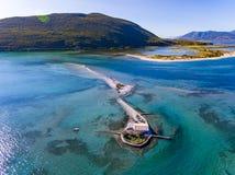 Agios Nikolaos wyspa blisko Lefkada miasteczka w Grecja Ioanian wyspie Obrazy Stock