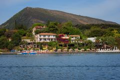"Agios Sostis, het Eiland van Zakynthos, Griekenland †""24 September, 2017: Mening van het overzees aan het strand van Agios Sost Royalty-vrije Stock Foto's"