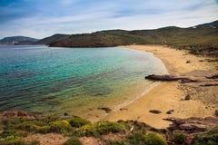Agios Sostis strand i Mykonos, Grekland Arkivbilder