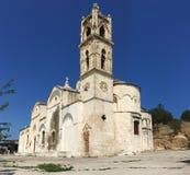 Agios Synesios kyrka, Karpaz halvö, Cypern mobilt foto royaltyfria bilder