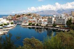 Agious Nikolaos (helgonet Nicholas Town) Royaltyfria Bilder