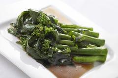 Agitação de Hong Kong Kale fritada no molho da ostra Imagens de Stock