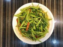 Agitação quente Fried Swamp Cabbage fotos de stock