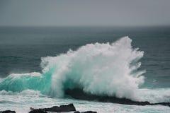 Agite causar un crash en roca Imagen de archivo libre de regalías