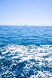 Żaglówka przy morzem Obrazy Stock