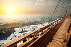Żaglówka w czerwonym morzu obraz royalty free