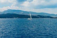 Żaglówka w morzu egejskim Obraz Stock
