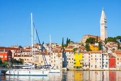 Żaglówki schronienie w Rovinj z jachtami, Chorwacja Obrazy Royalty Free
