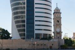 Żagla wierza w Haifa Obrazy Stock