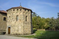 Agliate Brianza Włochy: historyczny kościół, baptistery Zdjęcia Stock