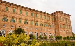 AGLIE, TURIN/ITALY-CIRCA SIERPIEŃ 2016: Fasada kasztel Agliè na august 2016, w Agliè Zdjęcie Royalty Free