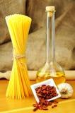 Aglio de spaghetti, peperoncino de l'olio e Images libres de droits