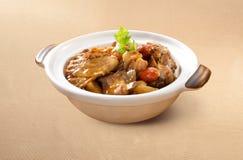 Agneau asiatique de Claypot Herbel de nourriture photos libres de droits