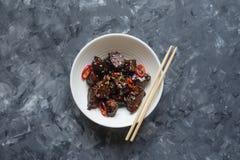Agneau en sauce aigre-doux Cuisine asiatique photographie stock
