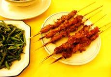 agnello dei kebabs, felci mescolare-fritte Fotografia Stock