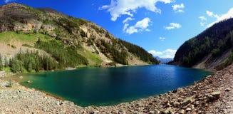 Agnes Teahouse od Ulowego śladu i jezioro, Banff park narodowy, Alberta, panorama fotografia stock