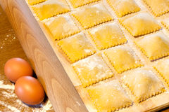 Agnolotti makaron Z jajkami I wołowiną Fotografia Stock