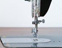 Ago antico della macchina per cucire Fotografia Stock Libera da Diritti