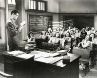Agolpamiento de la colegiala Imagenes de archivo
