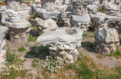 Agora ruins with daisies Royalty Free Stock Photography