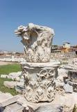 Agoraspalten (korinthisches Kapital) lizenzfreies stockfoto