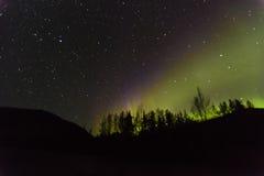 30 agosto 2016 - Aurora Borealis o l'aurora boreale illumina il cielo notturno da Kantishna, Alaska - MNT Parco nazionale di Dena Fotografie Stock Libere da Diritti