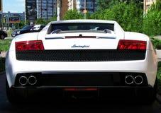 6 agosto 2010 Kiev, Ucraina Lamborghini Gallardo LP 560-4 560hp bianco fotografie stock