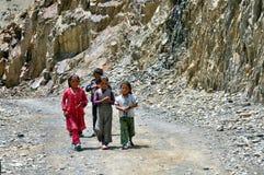 Crianças de Ladakh (pouco Tibet), India fotografia de stock