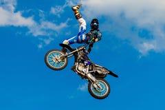6 agosto 2016 Rjazan', Russia Un cavaliere professionale al FMX ( Fotografia Stock