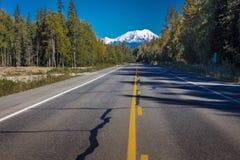 31 agosto 2016 - supporto Denali da George Parks Highway, itinerario 3, Alaska - a nord di Anchorage Fotografia Stock Libera da Diritti