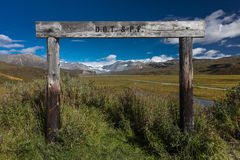 26 agosto 2016 - vista dell'allerta dell'Alaska del ghiacciaio fuori da Richardson Highway, itinerario 4 Immagine Stock
