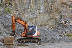 Agrégat de carrière avec les machines résistantes Construction Industr photos libres de droits