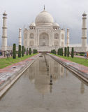 Agra, Índia. Opinião de Taj Majal. imagens de stock