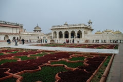 Agra, India - Januari 8, 2012: Anguri bagh en Khas Mahal in Rood Royalty-vrije Stock Afbeeldingen