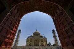 Agra Uttar Pradesh, Indien - Maj 2016: Återställandearbete i Royaltyfria Bilder