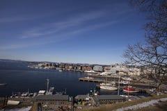 Agradable y hermosa vista del puerto de Oslo imagen de archivo