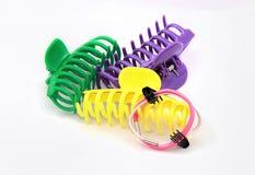Agrafes de cheveux colorées de crabe Photographie stock libre de droits