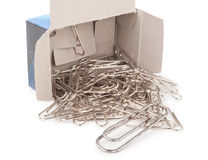 Agrafes en métal avec la boîte Photos stock