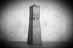 Agrandisseur photographique, équipement de chambre noire photo stock