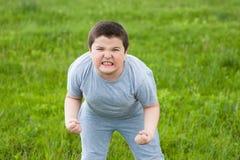Agressão, menino, adolescente, crime, violência, excesso de peso, atleta, lutador Fotos de Stock Royalty Free