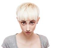 Agresywna przypadkowa blond dziewczyna Zdjęcie Stock
