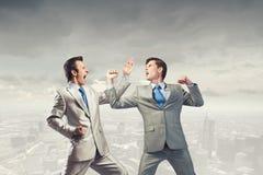 Agresywne biznesowe taktyki Fotografia Stock