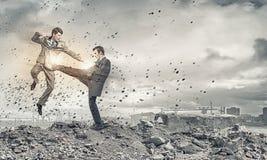 Agresywne biznesowe taktyki Zdjęcia Stock