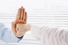 agresywny gest obraz stock