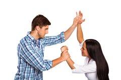Agresywny mężczyzna zwycięża jego dziewczyny Fotografia Royalty Free
