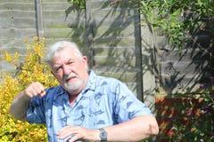 Agresywny starszy mężczyzna Zdjęcie Royalty Free